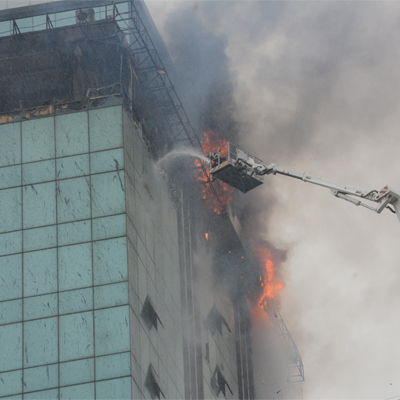 MUMBAI BUILDING FIRE: ONE FIREMAN DIES IN MULTI-STOREY BUILDING FIRE IN ANDHERI