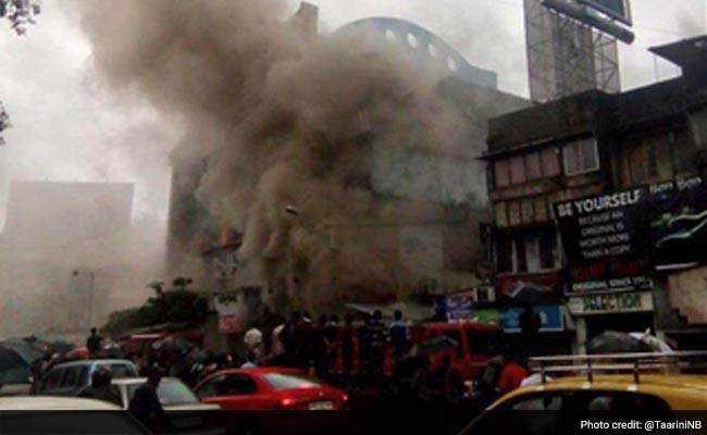 Fire in Mumbai's Bandra